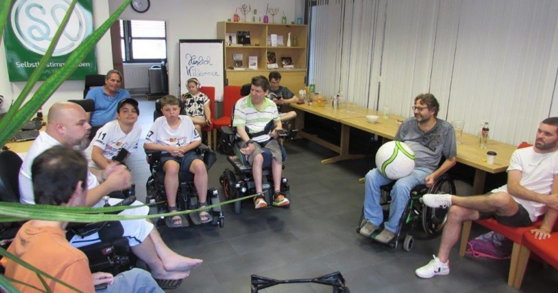 Kick Off zur Gründung der steirischen E-Rolli-Fußballmannschaft